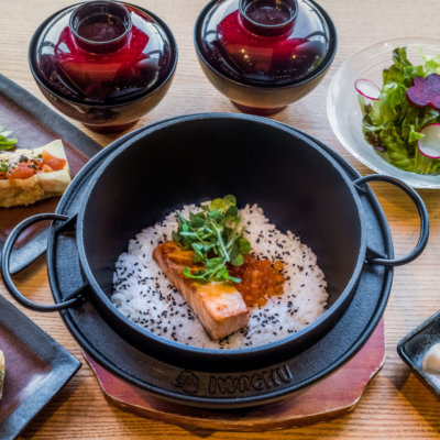 Salmon And Ikura Kamameshi Rice Pot Set