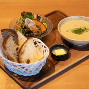 Soup Salad Bread 02 Lr