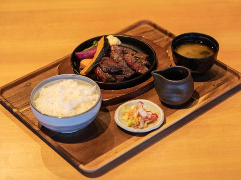 Hokkaido Beef Illet Steak 01 Lr